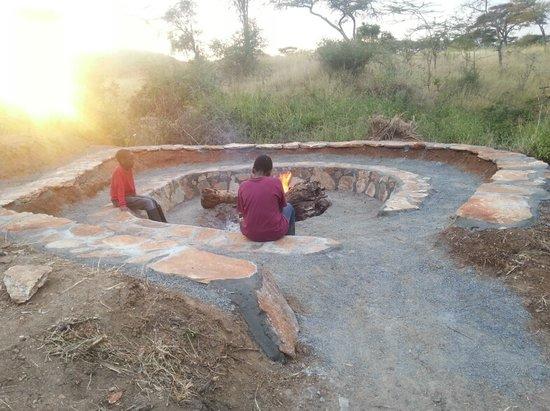 Masai Eco Lodge : Bonfire Theatre
