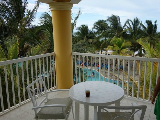 Viva Wyndham Tangerine: Beachfront Suite