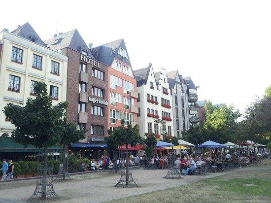 Hotel Drei Kronen: The hotel