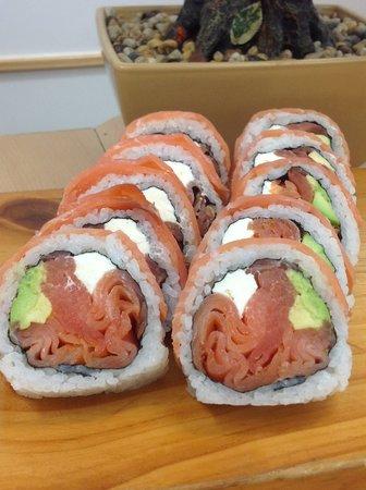 Sushi Hi: Smoked salmon