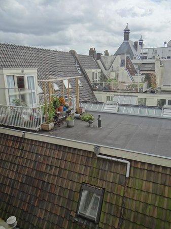 Hotel Di-Ann: Aussicht Hofseite
