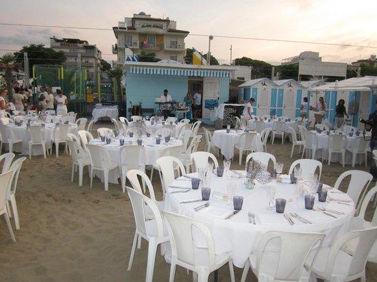 Hotel Belvedere: Festa in Spiaggia-Ferragosto 2013
