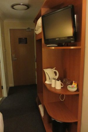 Premier Inn Luton South (M1, J9) Hotel: room