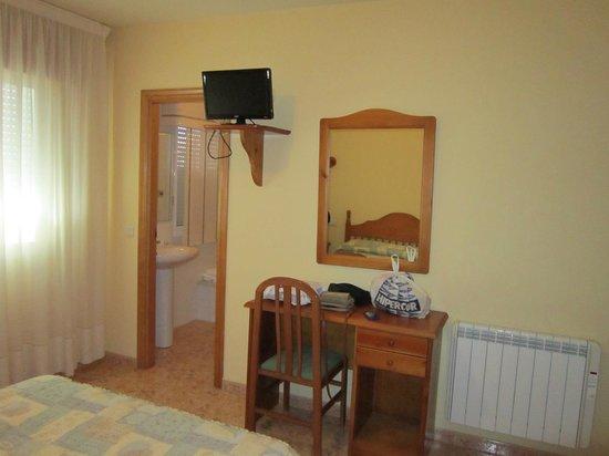 Hotel Ronsel: Habitación sin balcón