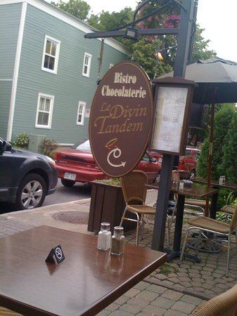 Bistro-Chocolaterie le Divin Tandem : Terrasse