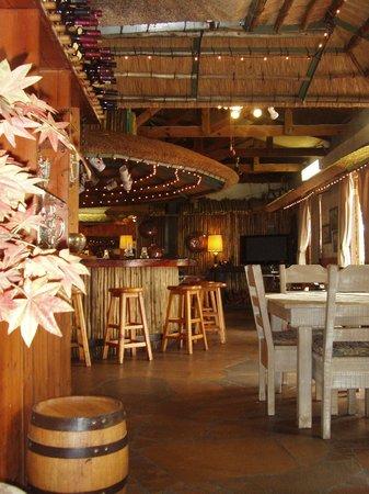 Ascot Inn: Gallop Inn Pub and Grill
