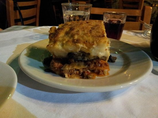 Taverna tou Zisis : moussaka