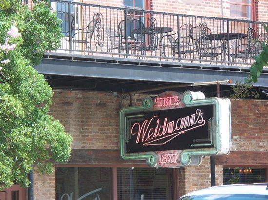 Street view of Weidmann's