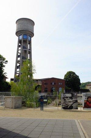 Dudelange, Luxembourg: Waassertuerm und Pom-House