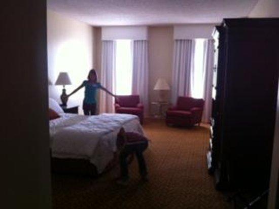 Camino Real El Paso: room