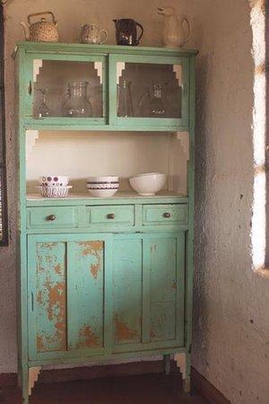 Muebles antiguos reciclados picture of chakana hospedaje - Reciclado de muebles viejos ...