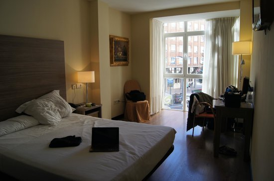 Hotel Centro Los Braseros : Notre chambre 211