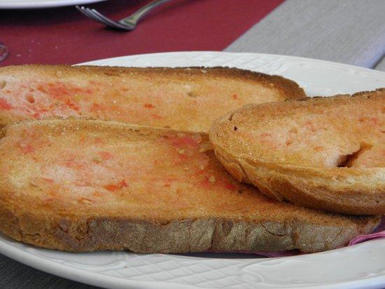 El Sali: bread with potatoes