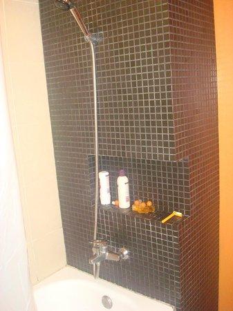 Miramar Hotel Bangkok: bathroom