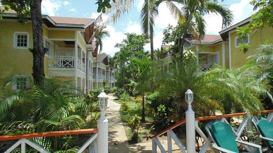 ميريلز بيتش ريزورت ذا سكند - شامل جميع الخدمات: Vista camere, dando le spalle alla spiaggia e al ristorante
