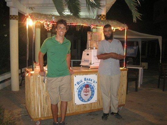 Big Baba's Hawaiian Shave Ice : Marty, Lassad and the Hawaiian Hut
