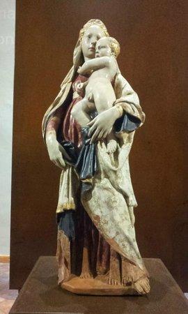 Citerna, Itália: La Madonna col Bambino di Donatello