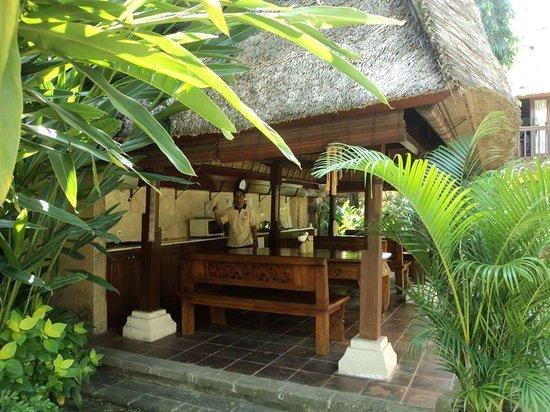 Dewani Villa : Breakfast terrace