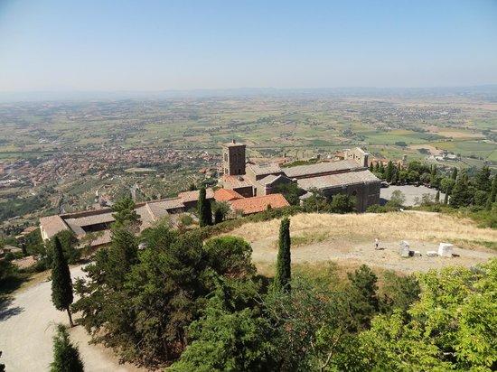 Casa d'Accoglienza Santa Margherita: Santuario S. Margherita Cortona (2)