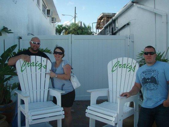 Craig's Restaurant: Big Taste Requires Big Chairs!