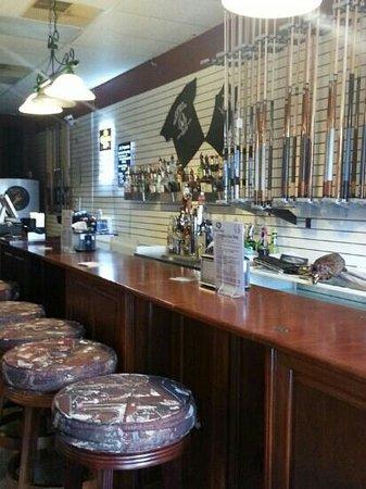 Armadillos Restaurant & Billiards: pool cues for patron use