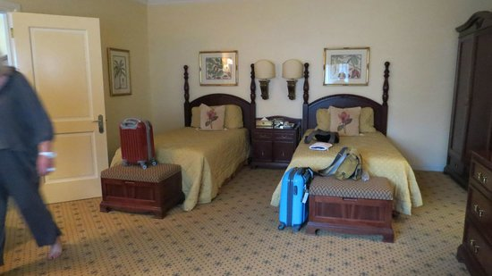The Stanley and Livingstone: Spacious twin bedroom