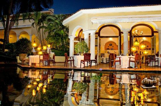Emiliano Restaurant at Casa Velas Resort: Emiliano Restaurant