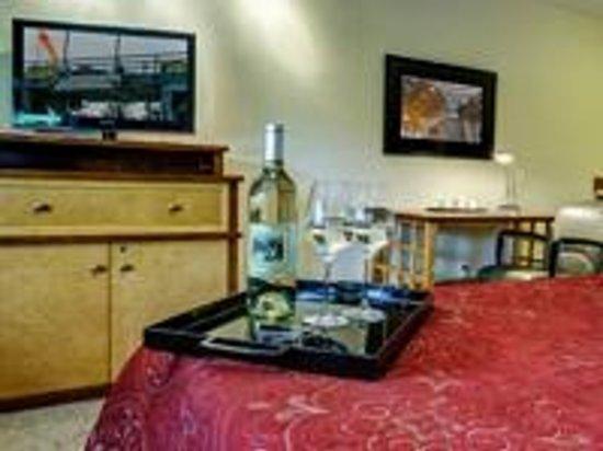 Discovery Inn : Room