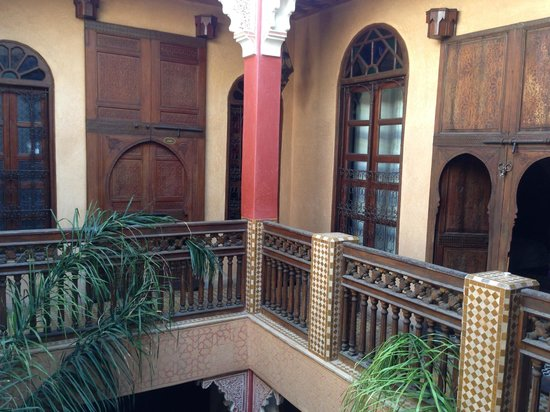 Riad Reves D'orient: Samira Riads - Second floor where bedrooms are located