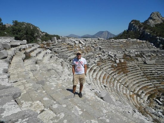 Turkey Explorer Archaeological & Cultural Trips: Ancient Theatre in Termessos