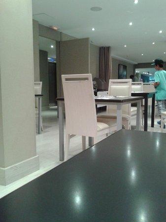 Hotel Acta City47: sala colazione