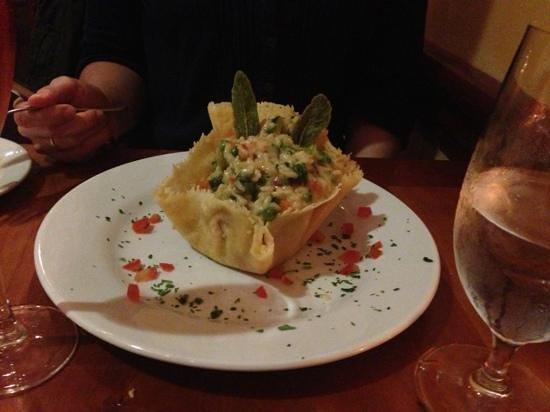 La Strada Ristorante Italiano: risotto in parmesan casing