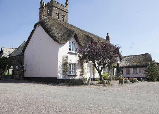Half Moon Inn: Sheepwash Cottage