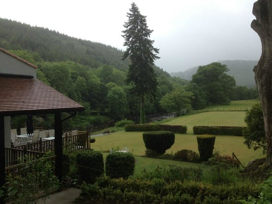 Craig-y-Dderwen Riverside Hotel: Beautiful views!