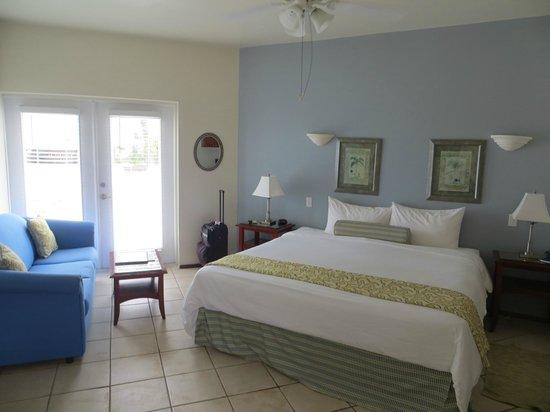 Mata Rocks Resort: king suite