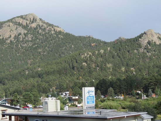 Alpine Trail Ridge Inn : View from balcony