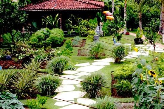 Komune Resort, Keramas Beach Bali: Keramas organic gardens at Komune