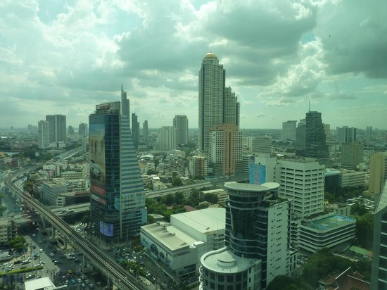Eastin Grand Hotel Sathorn: hotel view from the 26th floor