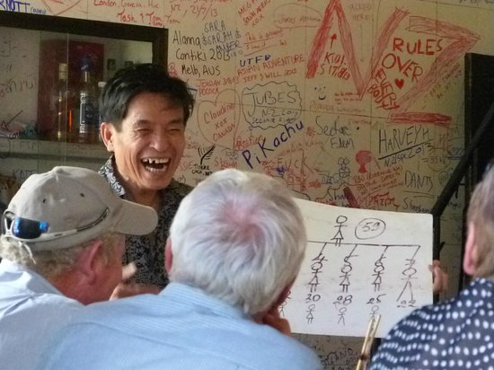 Lac Thien Restaurant : Look how many children and grandchildren I have