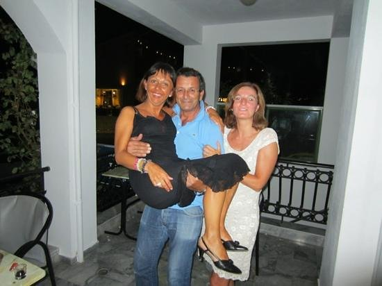 Athina Hotel: Makis, Antonella e Laura