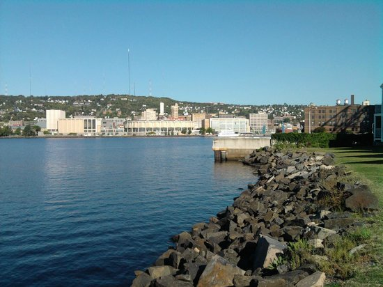 South Pier Inn on the Canal : Duluth view