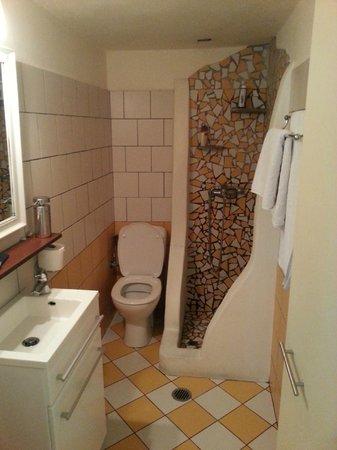 Villa Katapoliani I : bathroom