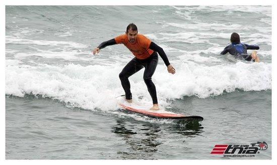 Etnia Surf School