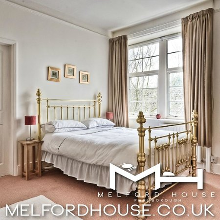 Melford House : Brass Bed