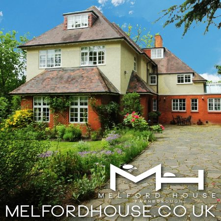 Melford House : Sun is out at Melford Hosue