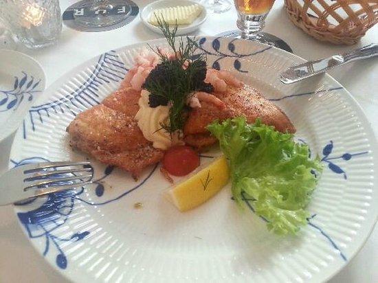 Restaurant Amalie: PANDESTEGTE RØDSPÆTTEFILETER