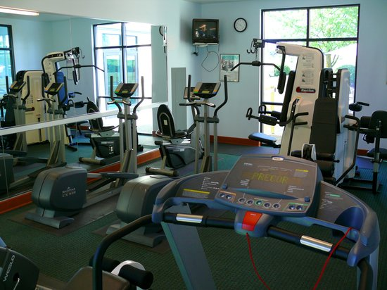 Rogue Regency Inn: Workout Center