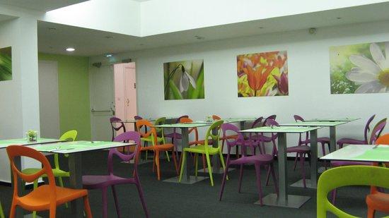 Ibis Styles Annemasse Genève : Comedor