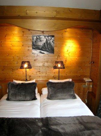 La Grange d'Arly : face au lit