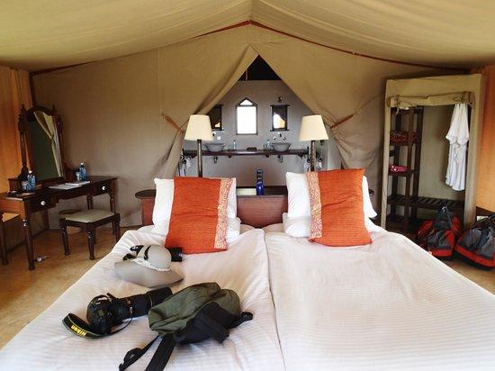 Entumoto Safari Camp: The bed